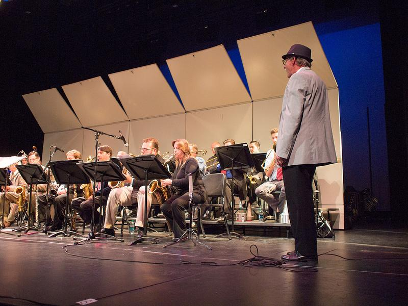 a review of the three way jazz concert at diablo valley college The international jazz day global concert 2018 the country's jazz scene was born in 1927 in st petersburg with the appearance of the first concert jazz band at the st petersburg state the 2018 all-star global concert featured nearly three dozen acclaimed artists representing 14 countries.