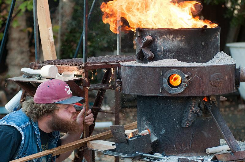 DVC+student+Chris+Fowler+is+keeping+the+fire+alive+during+the+iron+furnace+refractory+burnout+%28Gustavo+Vasquez%2F+The+Inquirer%29.