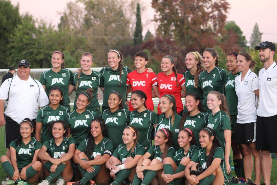 2016 women's soccer team.
