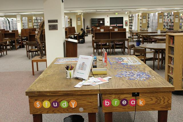 Library staff put out puzzles to help students take study breaks. (DVC Inquirer/Isaac Norman)