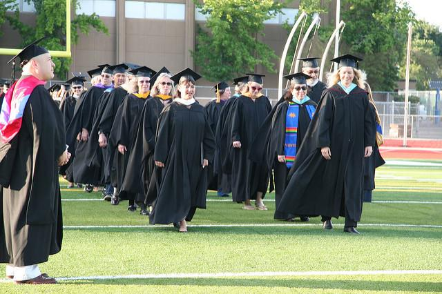 Faculty and administrators aim to help more students walk at future commencement ceremonies by switching to shorter semesters. (DVC Inquirer)