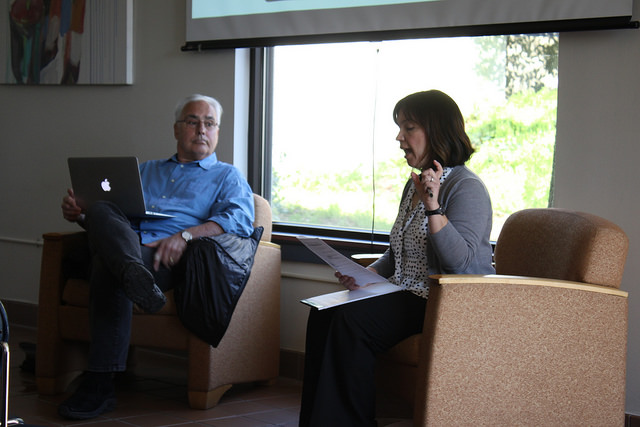 Professor Andy Barlow and interim dean Rosa Armendariz during the forum on February 28, 2017.