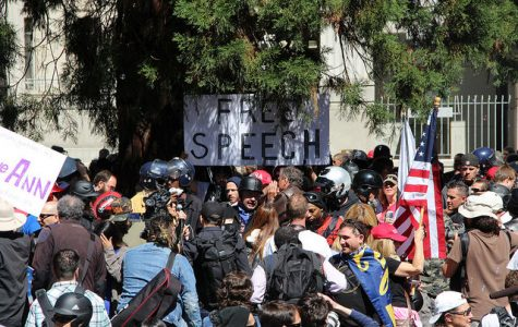 Non-battle for Berkeley after previous clashes occurs near UC campus