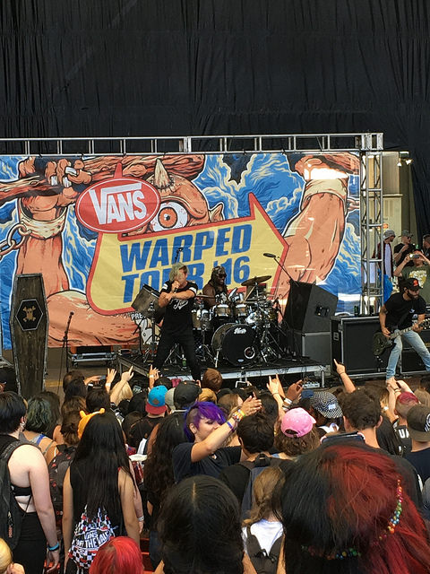 Alternative electronic band Ghost Town attracts a younger crowd at Warped 2016