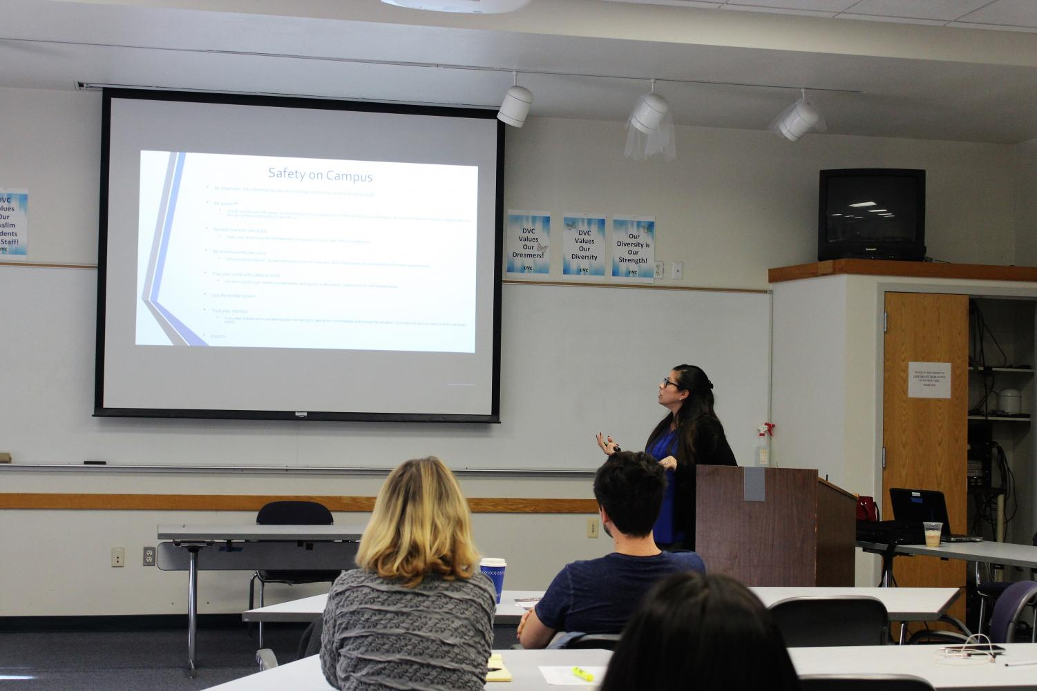 Detective Vanessa Avalos  at the Student Union presenting about safety on campus on Feb.1 2018.