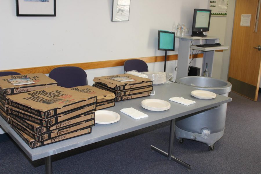 Meal provided at Inter-Club Council meeting on April 12, 2018 in the Margaret Lesher Student Union.