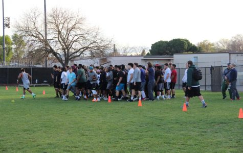 The Diablo Valley College Vikings hold a spring practice (Luis Lopez/The Inquirer)