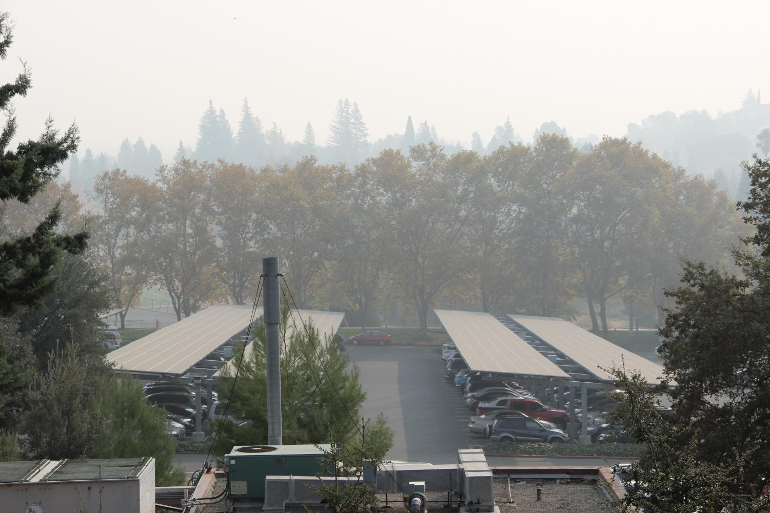 Diablo Valley College has seen the effects of the Butte County fire engulf the campus in smoke (Luis Lopez/The Inquirer)