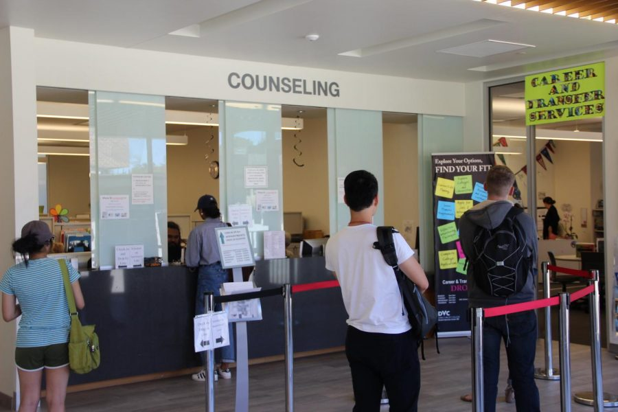 Students can be given outside resources by counseling for mental health assistance. (The Inquirer stock photo).