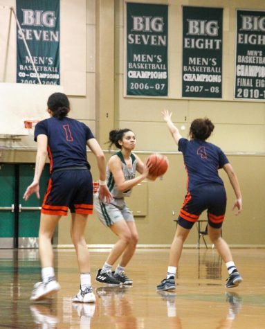 Women's Basketball beats Sacramento City, remain top ranked team in Big 8