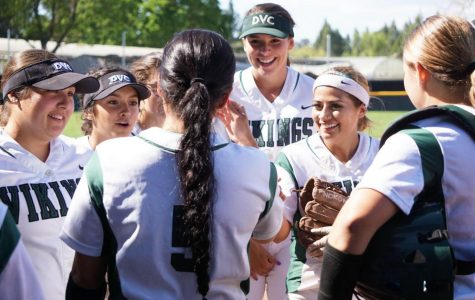 After Defeating San Mateo, DVC Women's Softball Eyes Playoffs