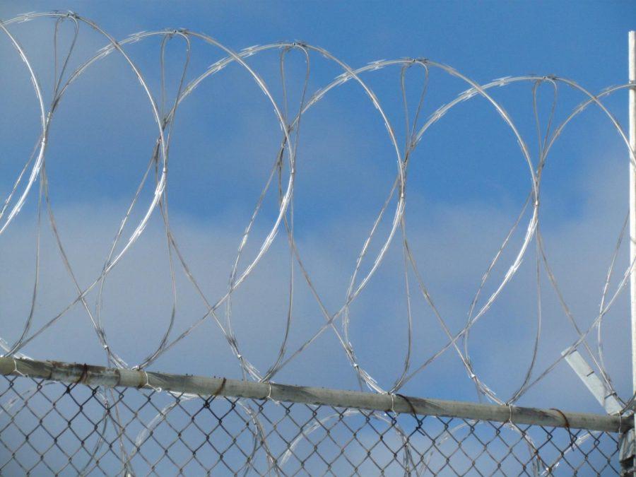 Razor+wire+at+a+prison.
