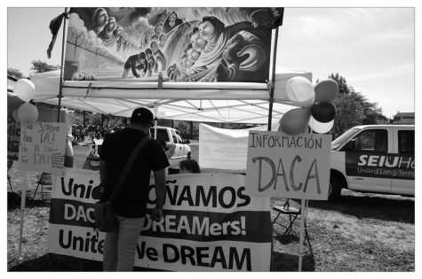 """#dreamers #daca #dreamact #salinas"" by Steve Rhodes is licensed under CC BY-NC-ND 2.0 (Photo Courtesy of Steve Rhodes)"